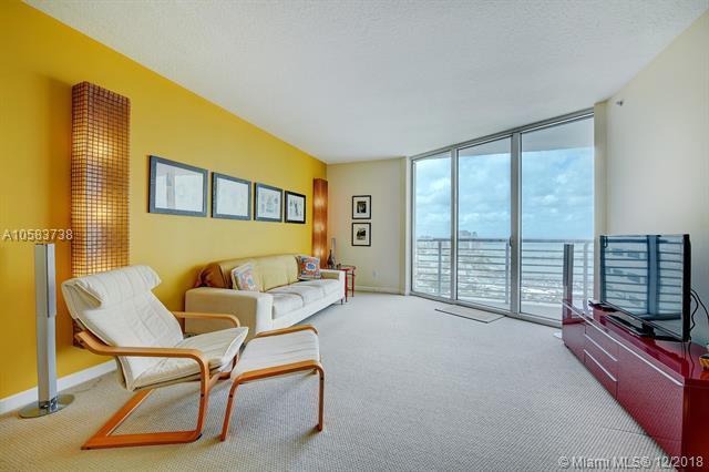 325 S Biscayne Blvd #4218, Miami, FL 33131 (MLS #A10583738) :: Laurie Finkelstein Reader Team