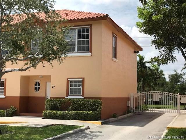 2314 Johnson St 27E, Hollywood, FL 33020 (MLS #A10584030) :: Green Realty Properties