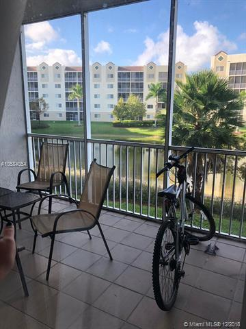 10720 NW 66th St #206, Doral, FL 33178 (MLS #A10584054) :: ONE Sotheby's International Realty