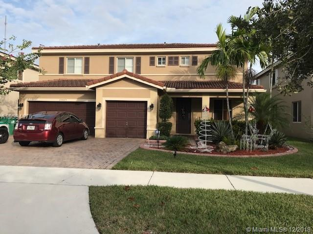 20425 NW 8TH CT, Miami Gardens, FL 33169 (MLS #A10584175) :: Miami Villa Team