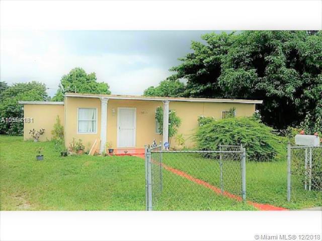 15825 NW 22ND CT, Opa-Locka, FL 33054 (MLS #A10584181) :: Miami Villa Team