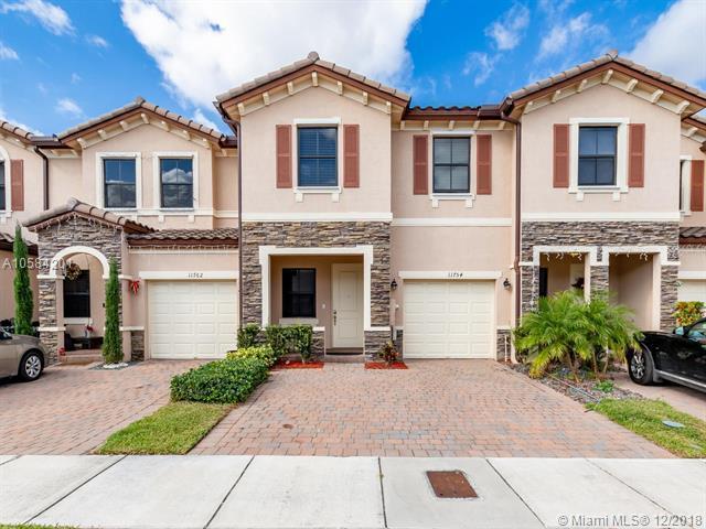 11754 SW 151st Ave, Miami, FL 33196 (MLS #A10584201) :: Laurie Finkelstein Reader Team