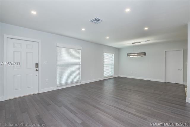 1459 Rodman St, Hollywood, FL 33020 (MLS #A10584233) :: Green Realty Properties