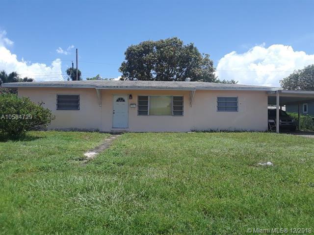 3832 NW 176 Ter, Miami Gardens, FL 33055 (MLS #A10584729) :: Laurie Finkelstein Reader Team