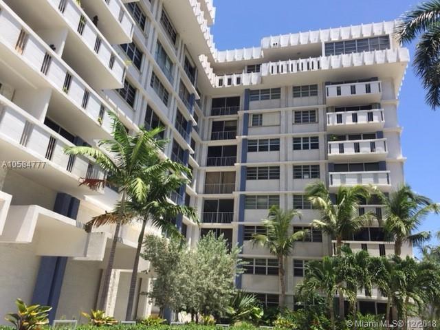 800 West Ave #205, Miami Beach, FL 33139 (MLS #A10584777) :: Laurie Finkelstein Reader Team