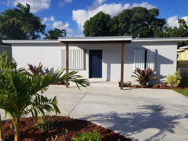 451 E 55th St, Hialeah, FL 33013 (MLS #A10584852) :: Miami Villa Team