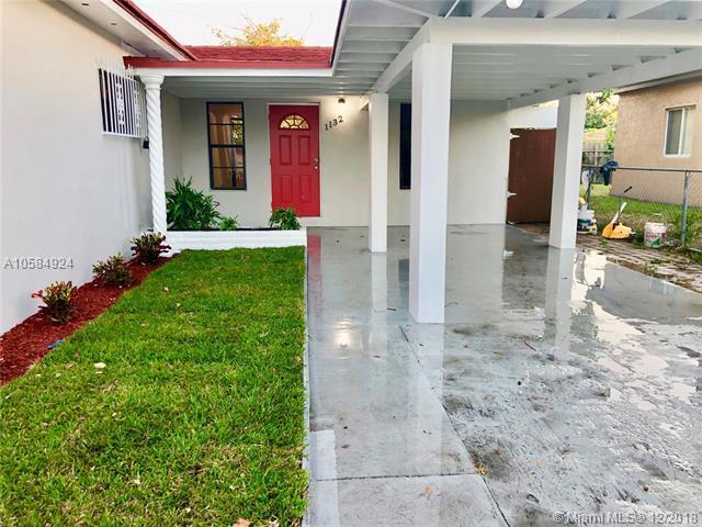 1132 NW 104th St, Miami, FL 33150 (MLS #A10584924) :: Laurie Finkelstein Reader Team