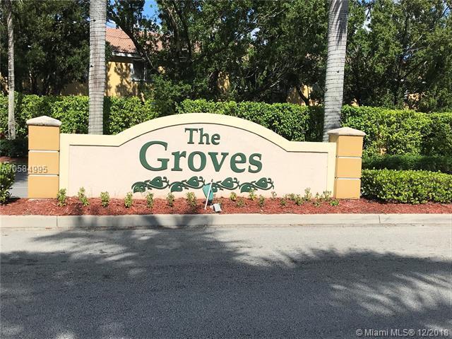 3068 SE 15th Ave, Homestead, FL 33035 (MLS #A10584995) :: Grove Properties