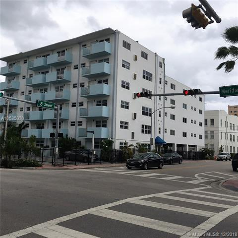 801 Meridian Ave Phb, Miami Beach, FL 33139 (MLS #A10585070) :: Laurie Finkelstein Reader Team