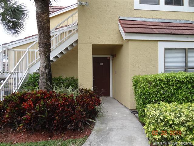 15581 SW 104th Ter #214, Miami, FL 33196 (MLS #A10585211) :: Laurie Finkelstein Reader Team