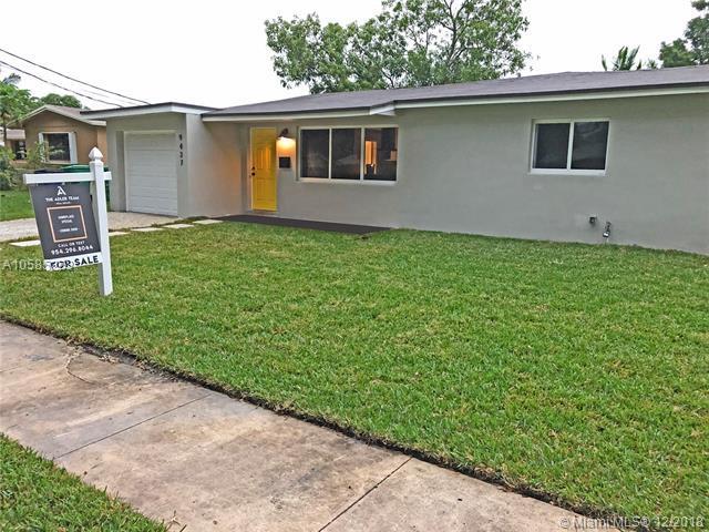 9437 SW 52nd St, Cooper City, FL 33328 (MLS #A10585263) :: Castelli Real Estate Services