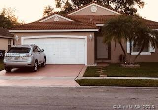 220 SW 192nd Ter, Pembroke Pines, FL 33029 (MLS #A10585302) :: Castelli Real Estate Services
