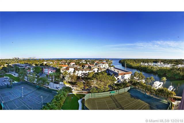 10 Edgewater Dr 8C, Coral Gables, FL 33133 (MLS #A10585351) :: The Adrian Foley Group