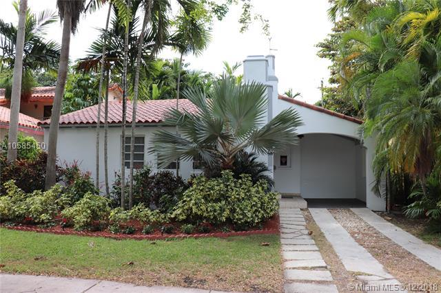 1310 Madrid St, Coral Gables, FL 33134 (MLS #A10585450) :: Grove Properties