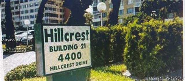 4400 Hillcrest Dr 219C, Hollywood, FL 33021 (MLS #A10585537) :: Laurie Finkelstein Reader Team