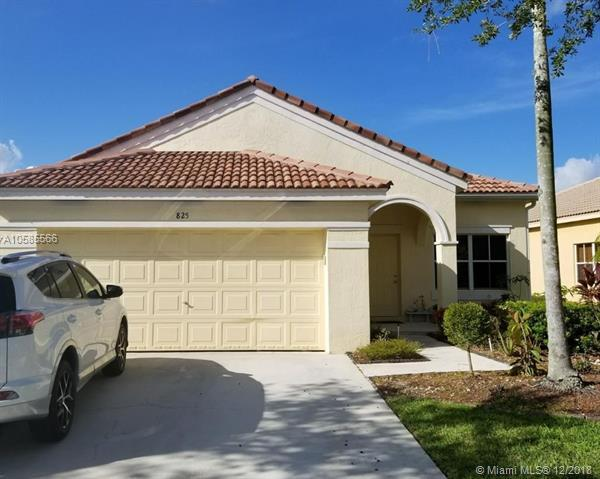 825 Tanglewood Cir, Weston, FL 33327 (MLS #A10585566) :: The Howland Group