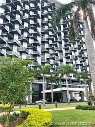 5300 W Paseo Blvd #302, Doral, FL 33166 (MLS #A10585939) :: Castelli Real Estate Services