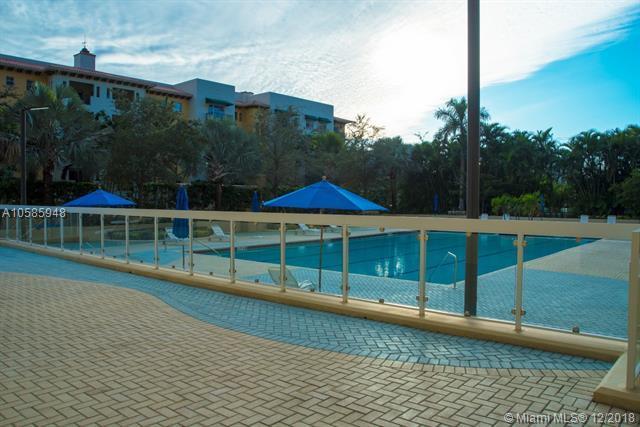 600 Biltmore Way #317, Coral Gables, FL 33134 (MLS #A10585948) :: Grove Properties
