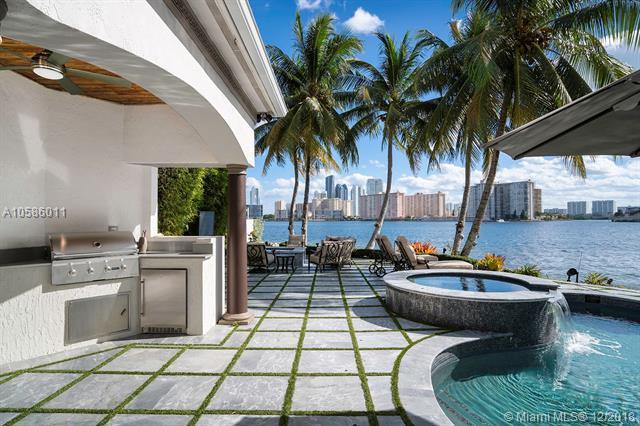 3914 Island Estates Dr, Aventura, FL 33160 (MLS #A10586011) :: RE/MAX Presidential Real Estate Group