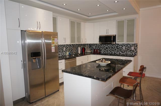19390 Collins Ave Ph-20, Sunny Isles Beach, FL 33160 (MLS #A10586042) :: RE/MAX Presidential Real Estate Group