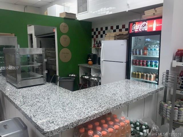 SW Xx, Miami, FL 33165 (MLS #A10586337) :: Castelli Real Estate Services