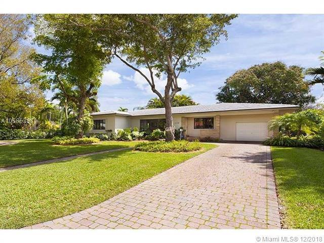 1178 NE 98 ST, Miami Shores, FL 33138 (MLS #A10586383) :: Hergenrother Realty Group Miami