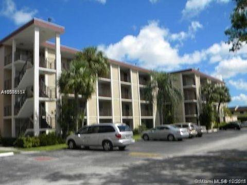 2649 NW 48th Ter #230, Lauderdale Lakes, FL 33313 (MLS #A10586517) :: The Riley Smith Group