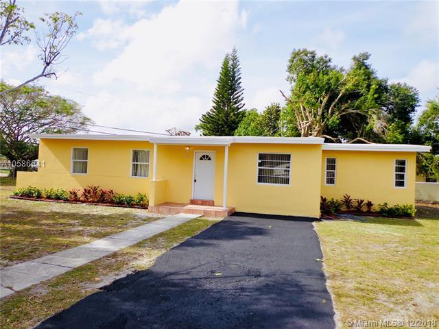 1313 NW 13th Ct, Fort Lauderdale, FL 33311 (MLS #A10586541) :: Green Realty Properties