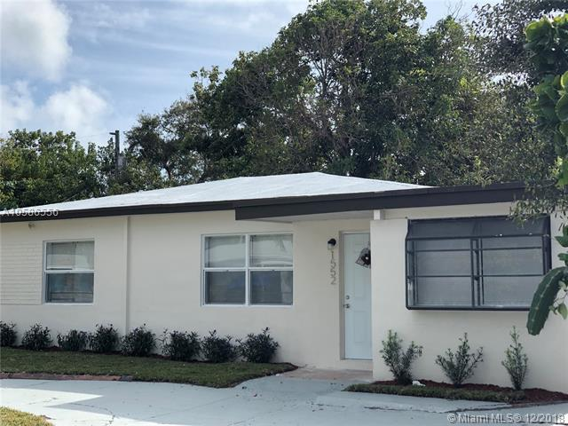 1552 NE 152nd St, North Miami Beach, FL 33162 (MLS #A10586556) :: Hergenrother Realty Group Miami