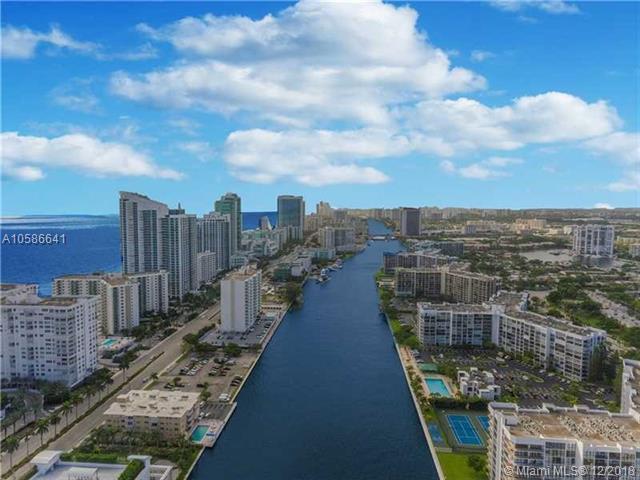 1000 Parkview Dr #526, Hallandale, FL 33009 (MLS #A10586641) :: Miami Villa Team