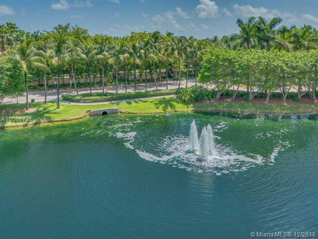 749 Crandon Bl #411, Key Biscayne, FL 33149 (MLS #A10586726) :: Green Realty Properties