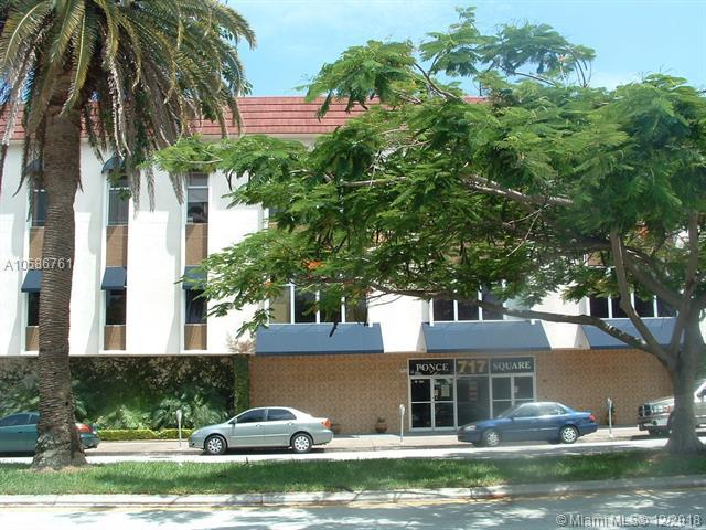 717 Ponce De Leon Blvd, Coral Gables, FL 33134 (MLS #A10586761) :: Hergenrother Realty Group Miami