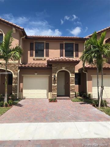 3381 SE Se 1st, Homestead, FL 33033 (MLS #A10586775) :: Castelli Real Estate Services