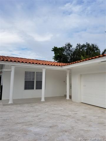 1121 Anastasia Ave, Coral Gables, FL 33134 (MLS #A10586883) :: The Jack Coden Group