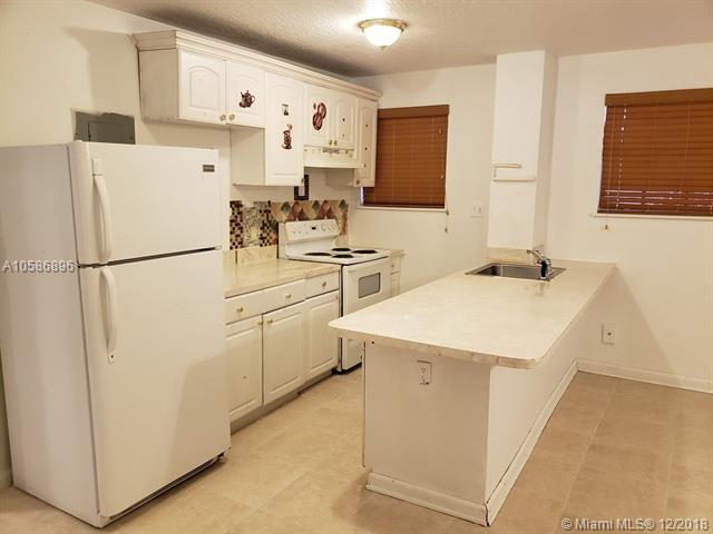 Opa-Locka, FL 33054 :: Castelli Real Estate Services