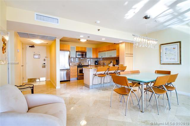 5225 Collins Ave #921, Miami Beach, FL 33140 (MLS #A10586898) :: The Teri Arbogast Team at Keller Williams Partners SW