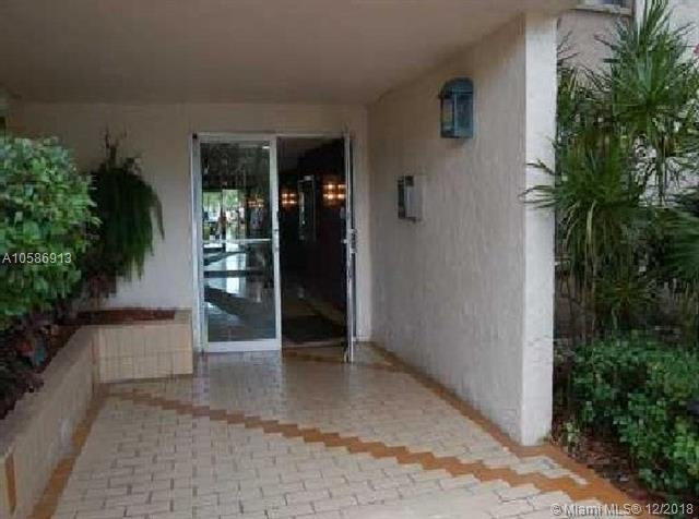 3821 Environ Blvd #104, Lauderhill, FL 33319 (MLS #A10586913) :: Miami Villa Team