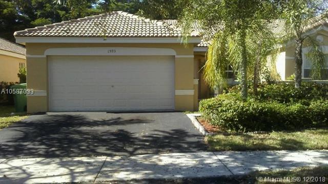 1593 Zenith Way, Weston, FL 33327 (MLS #A10587033) :: Albert Garcia Team