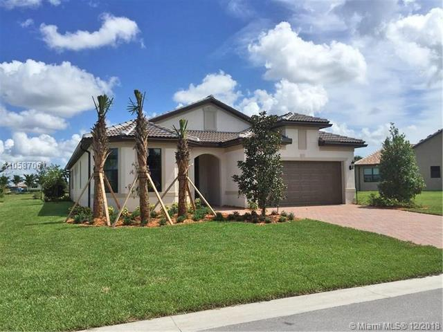 436 SE Bancroft Ct, Port St. Lucie, FL 34984 (MLS #A10587061) :: The Paiz Group