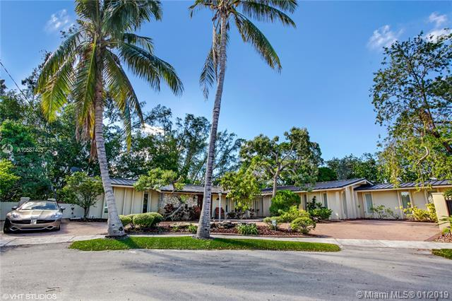 19860 NE 24th Ct, Miami, FL 33180 (MLS #A10587403) :: RE/MAX Presidential Real Estate Group
