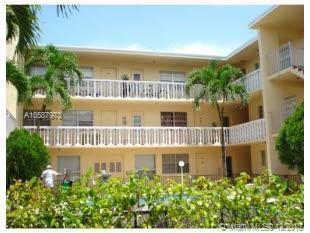1857 Jefferson, Hollywood, FL 33020 (MLS #A10587973) :: Green Realty Properties