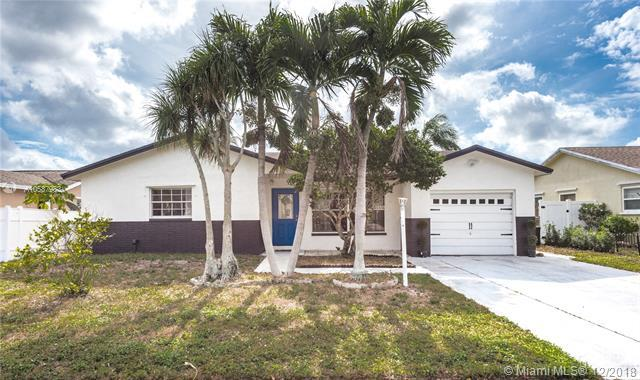 8912 SW 6th St, Boca Raton, FL 33433 (MLS #A10587983) :: The Teri Arbogast Team at Keller Williams Partners SW