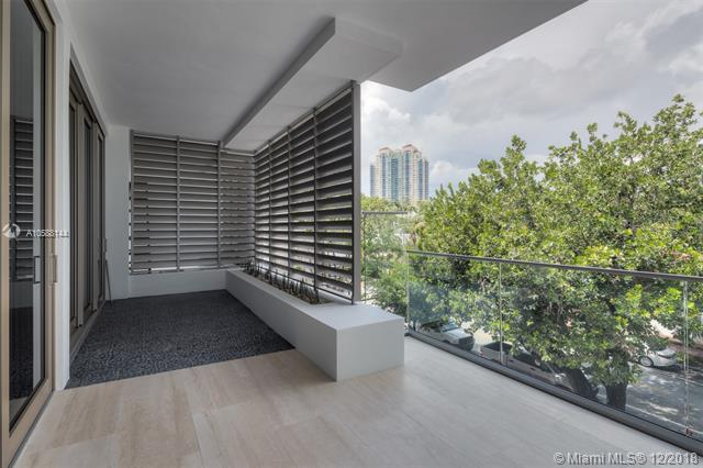 311 Meridian Ave #302, Miami Beach, FL 33139 (MLS #A10588144) :: The Riley Smith Group