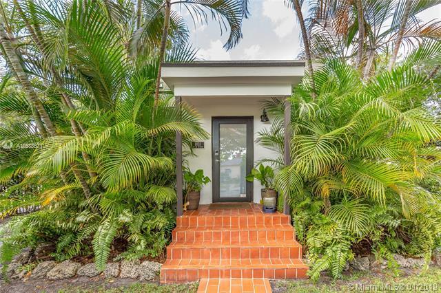 1831 SW 16 AV, Miami, FL 33145 (MLS #A10588501) :: Prestige Realty Group