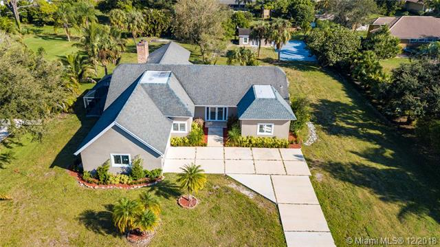 6086 NW 74th Ter, Parkland, FL 33067 (MLS #A10588828) :: RE/MAX Presidential Real Estate Group