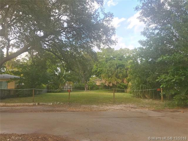 201 Sw 11th Court, Fort Lauderdale, FL 33315 (MLS #A10591729) :: The Teri Arbogast Team at Keller Williams Partners SW