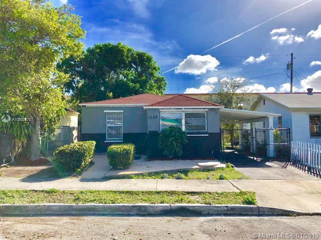 1022 17th St, West Palm Beach, FL 33407 (MLS #A10592475) :: The Teri Arbogast Team at Keller Williams Partners SW