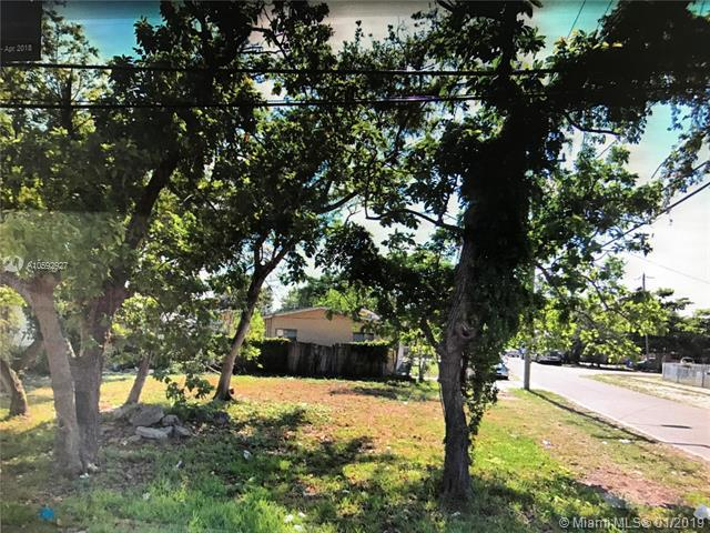 6442 NE 1st Pl, Miami, FL 33138 (MLS #A10592927) :: Grove Properties
