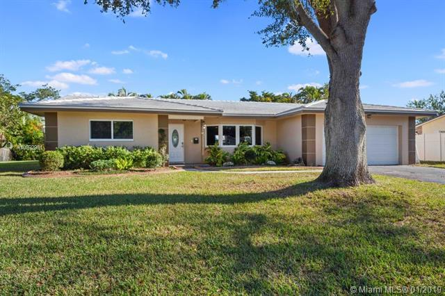 3741 NW 101st Ave, Coral Springs, FL 33065 (MLS #A10592951) :: The Teri Arbogast Team at Keller Williams Partners SW