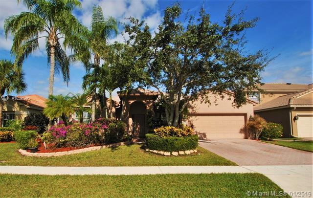 8647 Via Ancho Rd, Boca Raton, FL 33433 (MLS #A10593996) :: The Paiz Group